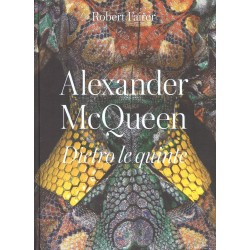 Alexander Mc Queen Dietro le quinte